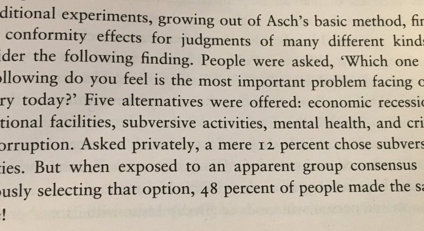 On how the group consensus sways other people's opinions