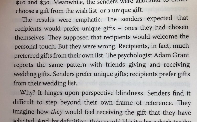 💎 On perspective blindness and the difficulties we have in adopting other people's perspective (when buying gifts)